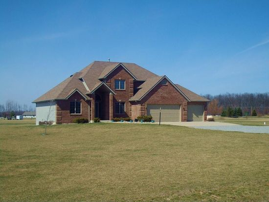 15136 Witte Rd, Hoagland, IN 46745