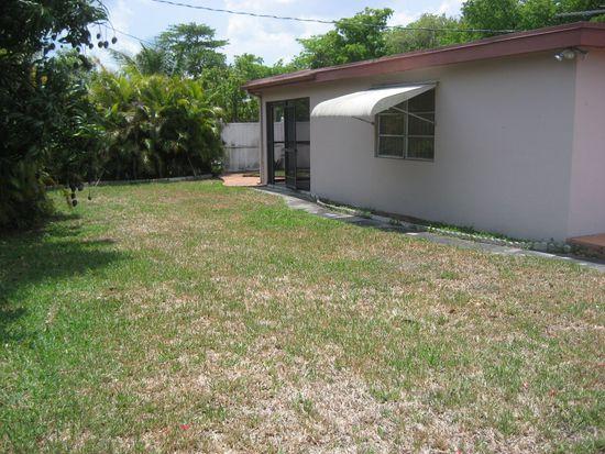 2721 SW 96th Ave, Miami, FL 33165
