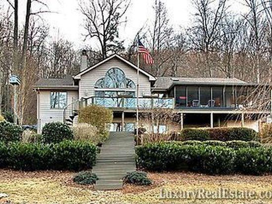1001 High Vista Dr, Mills River, NC 28759