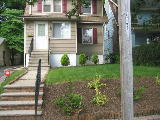13 Edgewood Rd, East Orange, NJ 07017