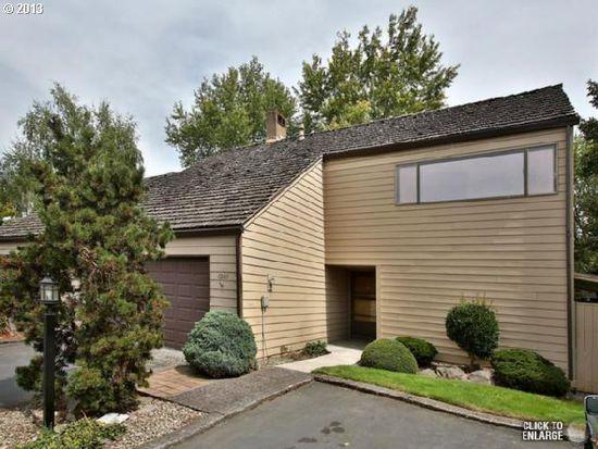 12611 NE Shaver St, Portland, OR 97230
