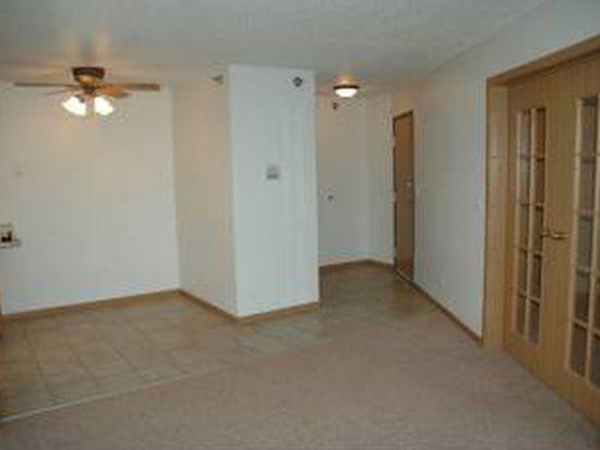 1114 27th Ave S APT 31, Moorhead, MN 56560