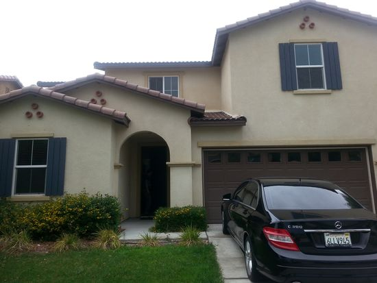 1114 N Iris Ave, Rialto, CA 92376