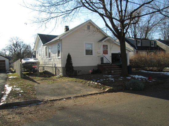442 Willow Ave, Scotch Plains, NJ 07076