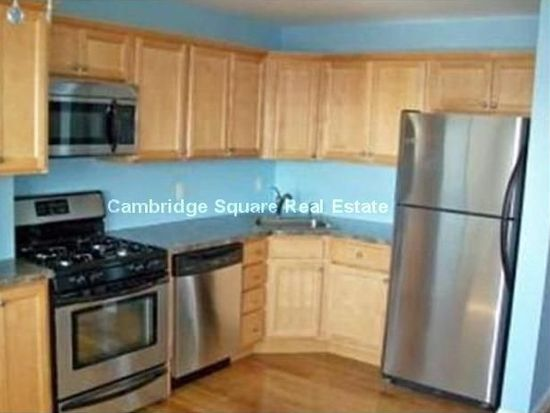 15 Perry St # 2, Somerville, MA 02143
