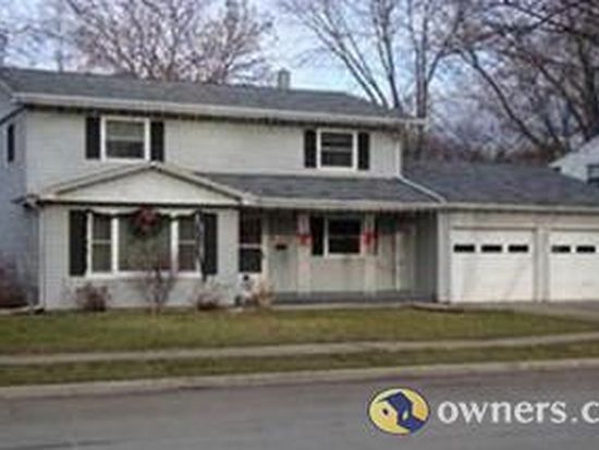 1182 Raleigh St, Green Bay, WI 54304