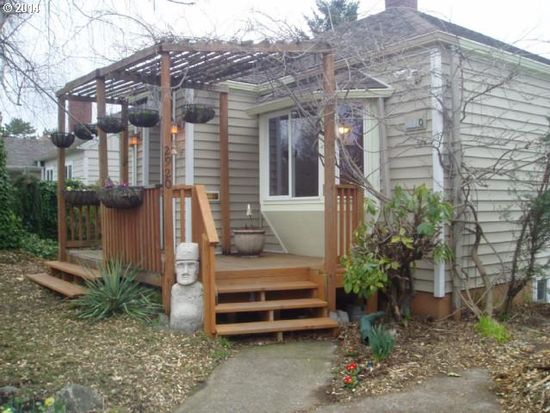2920 SE 76th Ave, Portland, OR 97206