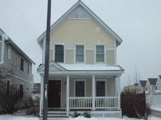 135 Jackson St, Holyoke, MA 01040
