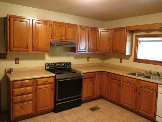 1829 E Sanders Second Ave, Bloomington, IN 47401