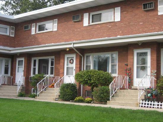 2110 Warren Ave, Downers Grove, IL 60515