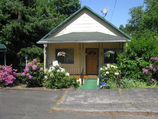 1417 Madison St, Oregon City, OR 97045