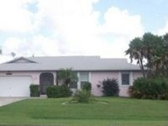 19366 Edgewater Dr, Port Charlotte, FL 33948