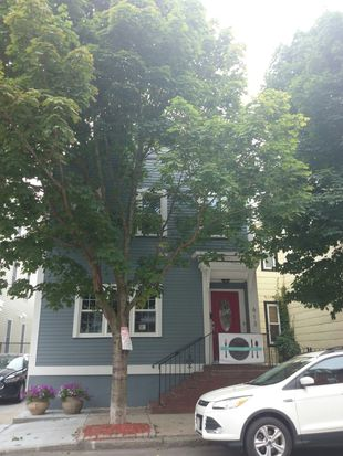 613 E 6th St, South Boston, MA 02127