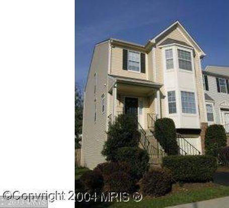 6880 Kerrywood Cir, Centreville, VA 20121