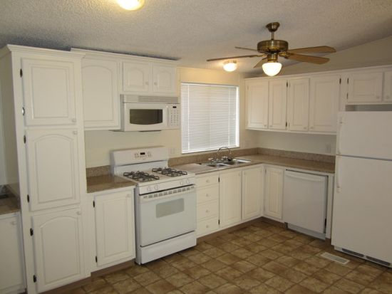 625 Jenni Ln, Mound House, NV 89706