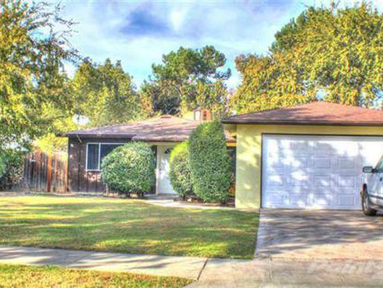 3032 W Alamos Ave, Fresno, CA 93722
