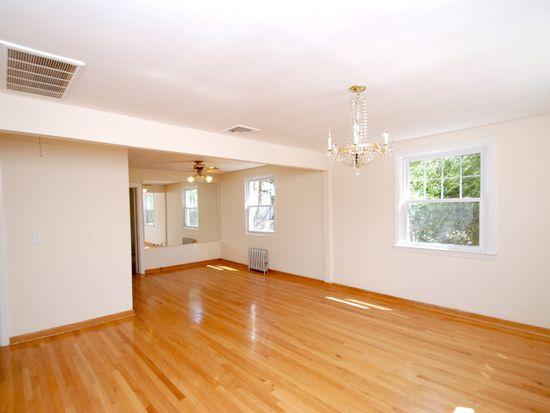 125 Bellair Rd, Ridgewood, NJ 07450