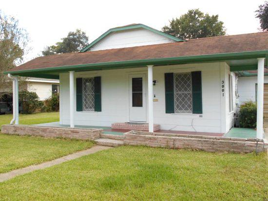 3001 Graves Ave, Groves, TX 77619