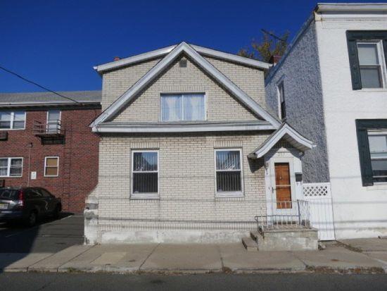 237 Crescent Ln, Cliffside Park, NJ 07010