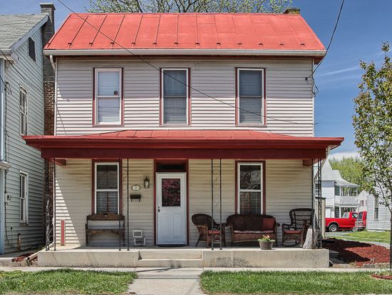 113 E Portland St, Mechanicsburg, PA 17055