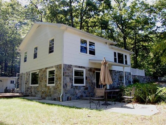 260 Lake Surprise Rd, Cold Spring, NY 10516