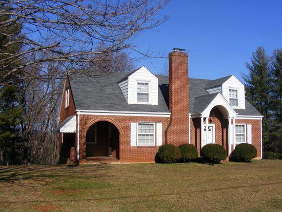 205 Greenhill Dr, Martinsville, VA 24112