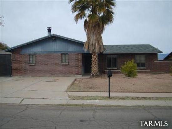 8425 E Ruby Dr, Tucson, AZ 85730
