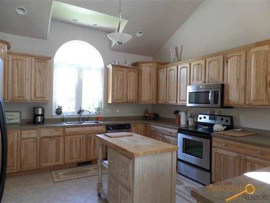 3207 Nicklaus Dr, Rapid City, SD 57702