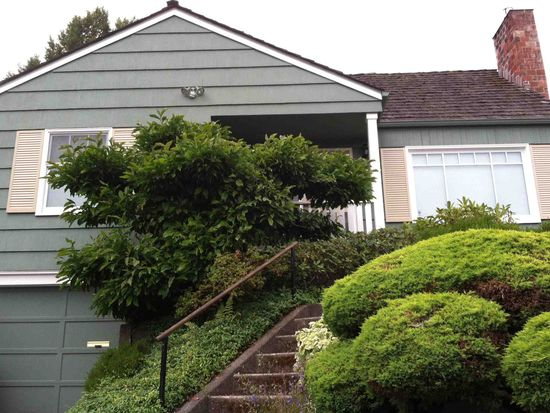 5015 Ivanhoe Pl NE, Seattle, WA 98105