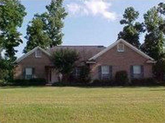 819 Red Oak Ln, Starkville, MS 39759