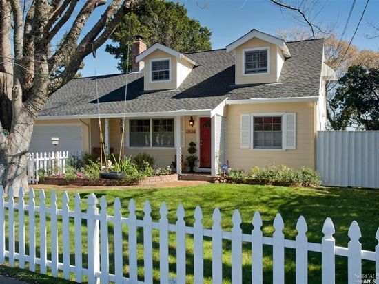 2370 Las Gallinas Ave, San Rafael, CA 94903