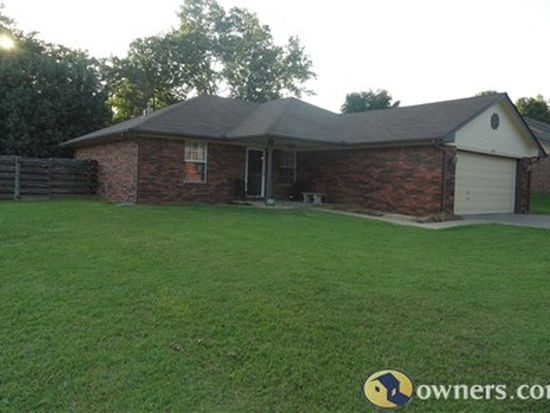 209 Circle Dr, Fort Gibson, OK 74434