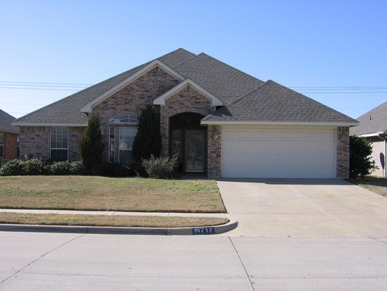 717 Snapper Dr, Burleson, TX 76028