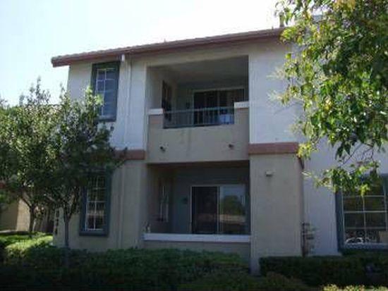 10834 Sabre Hill Dr UNIT 212, San Diego, CA 92128