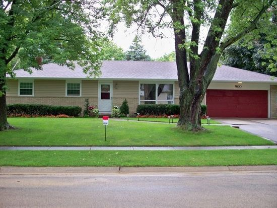 900 Deborah Ave, Elgin, IL 60123