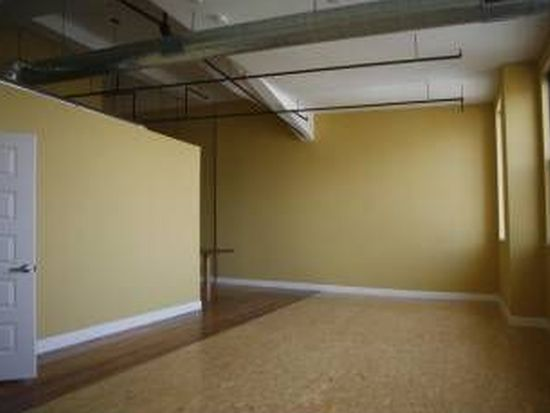 220 Spencer Ave UNIT 302, Chelsea, MA 02150