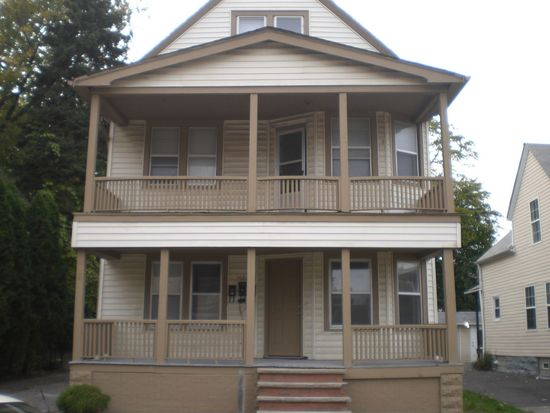 1682 W 69th St, Cleveland, OH 44102