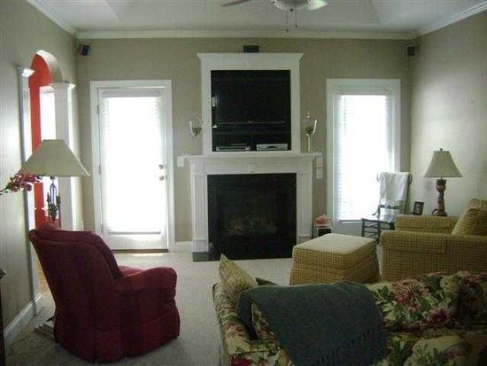 409 Winchester Dr, Graham, NC 27253