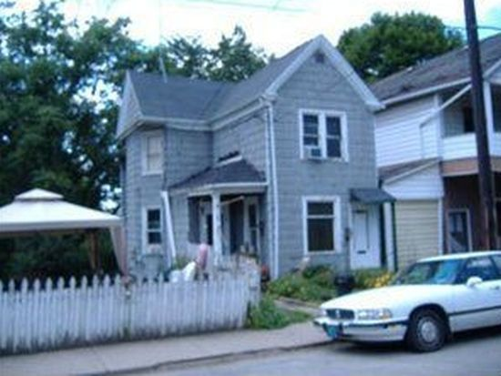 359 N Oakland Ave, Sharon, PA 16146