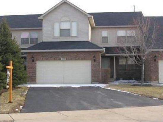 645 W St Johns Pl, Addison, IL 60101