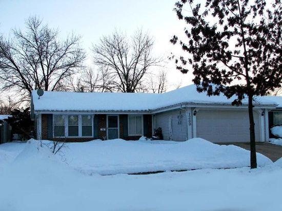 1289 Appletree Ln, Aurora, IL 60506