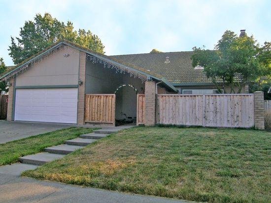 329 Ridgeview Dr, Petaluma, CA 94952