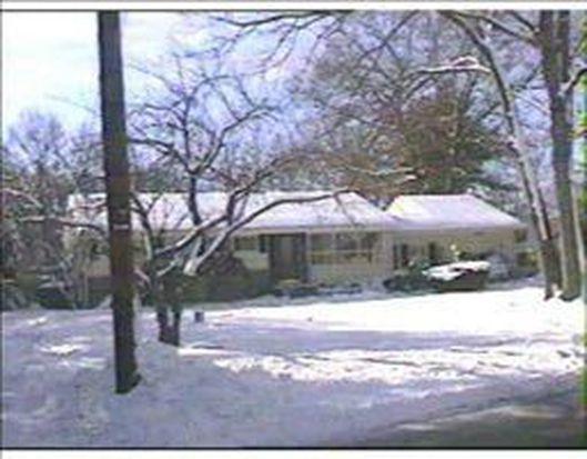 4 Sunnycrest Ave, North Smithfield, RI 02896