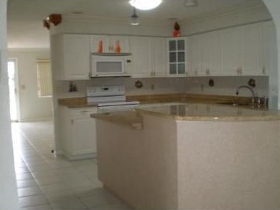 2660 South Dr, Clearwater, FL 33759