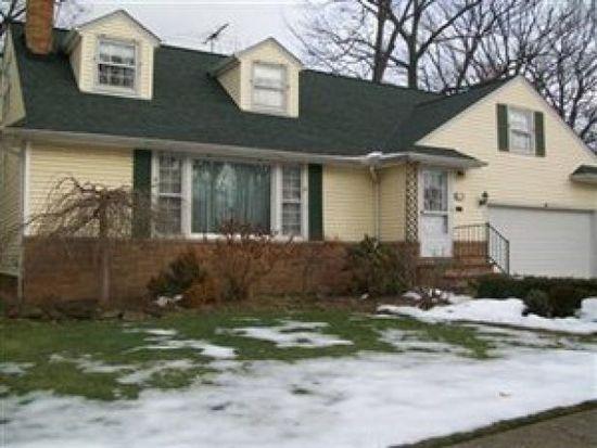 1691 Oakham Rd, Euclid, OH 44117
