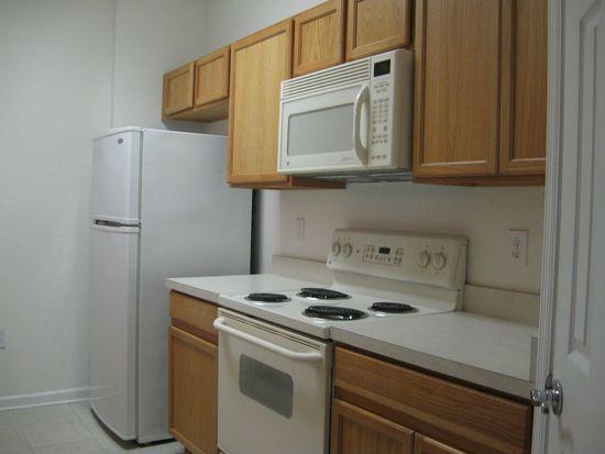 8710 Saratoga Inlet Dr APT 302, Orlando, FL 32829