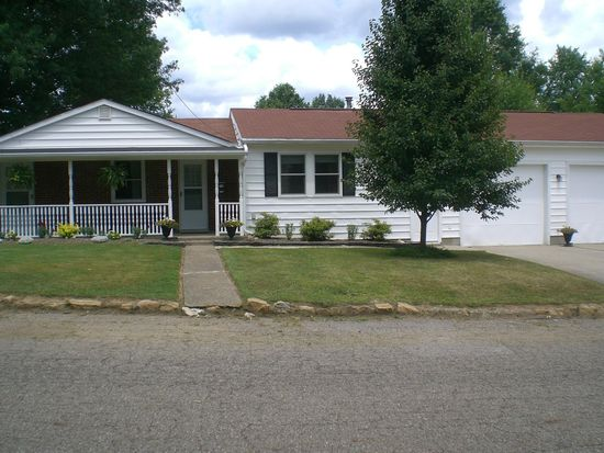 1515 Noble Ave, Barberton, OH 44203