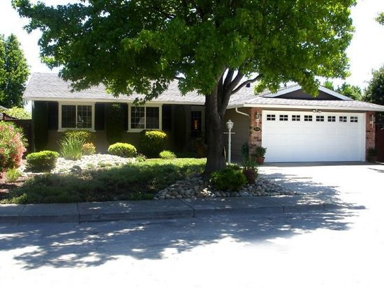 2886 Cooper Pl, Fremont, CA 94555