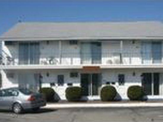 20 Fuller Acres APT 2, Hampton, NH 03842