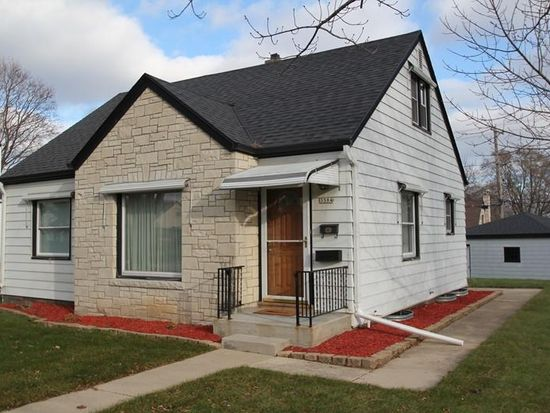 3584 S 48th St, Greenfield, WI 53220